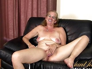 Crazy Adult Movie Star In Incredible Interview, Blonde Hookup Movie