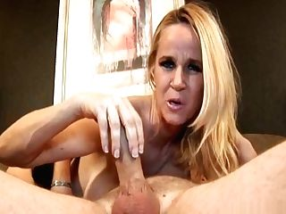 Classy Big-tits Cougar Gives Palm-job And Dt