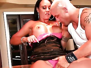 Bald Hubby Knows How To Grind Thirsty Snatch Of Mariah Milano Well