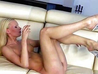 Gitta Blondie Is A Skinny Attractive Blonde With Slender Supah