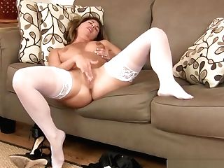 Lucky Stepmom Niki Take Prick Sweet Tender Friend