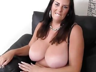 Matures Supah Mom With Big Natural Tits