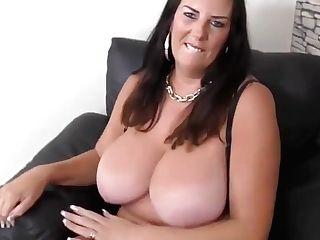 Matures Supah Mom With Big Natural Tits