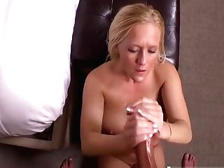 Cutie Step Mom Barbie Fuck Sweet Touching Dad's Friend