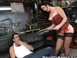 Hot Cougar In Sexy Undergarments Getting Pulverized