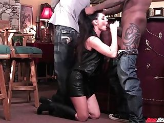 Horny Milky Woman India Summer Goes Black In Front Of Her Hubby
