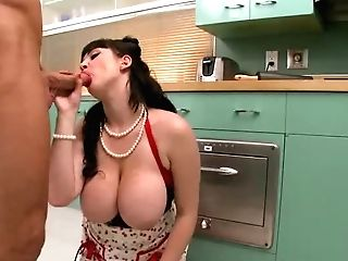 Sexy Dark Haired Housewife Beverly Paige Takes Care Of Hard