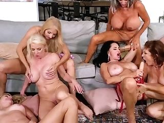 Granny Make Love Club - The First-ever-ever Six-way Granny Group Hump