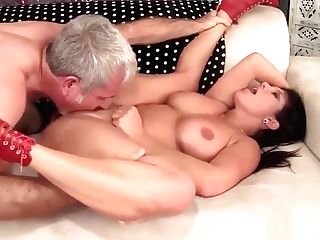 Matures Hussy Has Her Tasty Slit Plowed