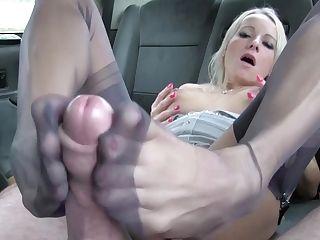 Hard-core Coochie Fucked With Stunning Mummy Tara Spades