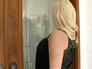 Wonderful Blondie Haired Nymphomaniac Julie Cash Blows Fat Strong Big Black Cock Well