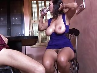 Big-boobed Arab Mom Blows And Fucks The Bartender