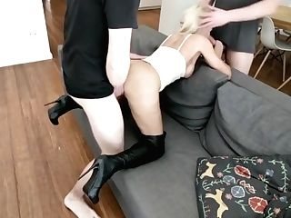 Crazy Cousin Caught Jerking Off - German Female Takes Two Spunk-pumps With Daynia Xxx
