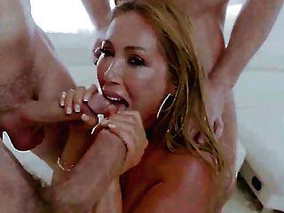 Wild And Free Giant Boobed Mummy From Canada Kianna Dior Works On Dicks