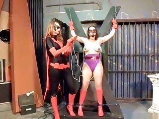 Batwomans Dark Justice For Amethyst!